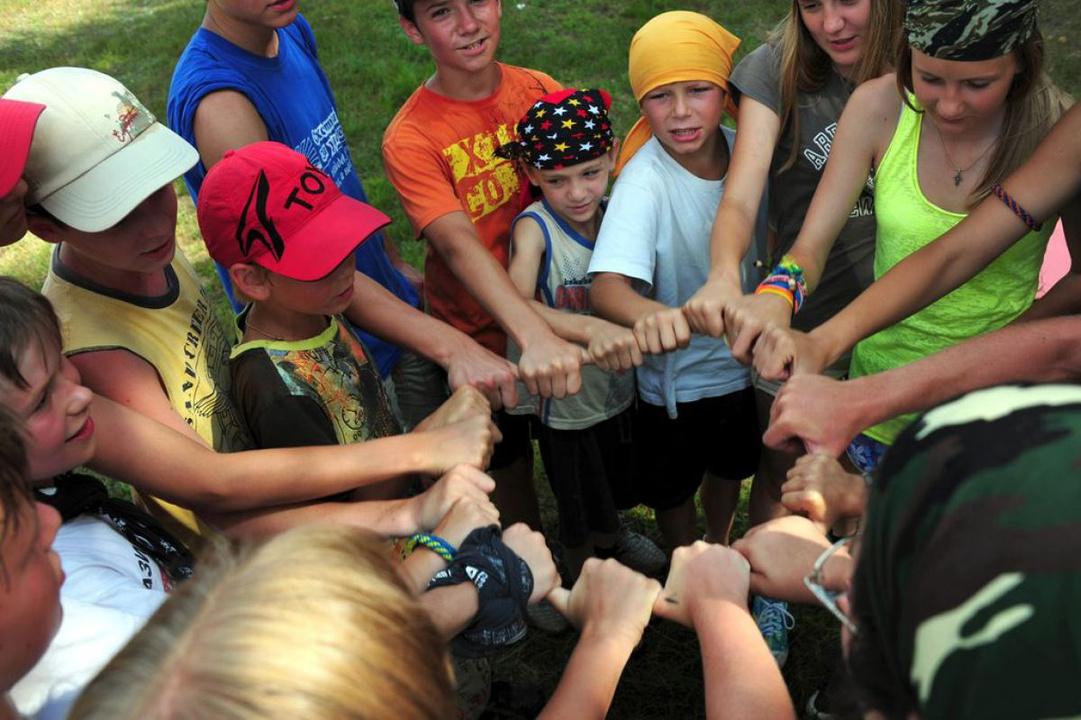 Школьники занимались сексом в лагере фото 507-693