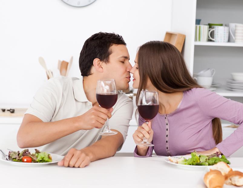 Секс в обеденное время