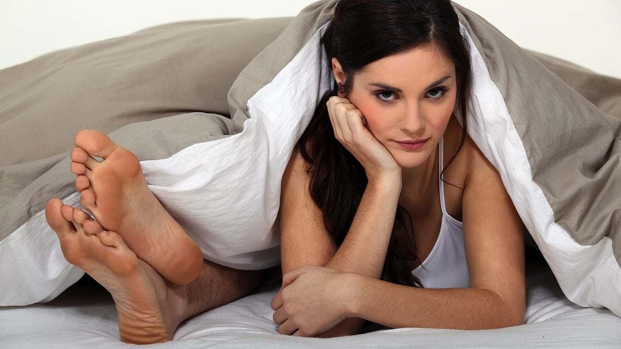 Как девушки компенсируют недостаток секса
