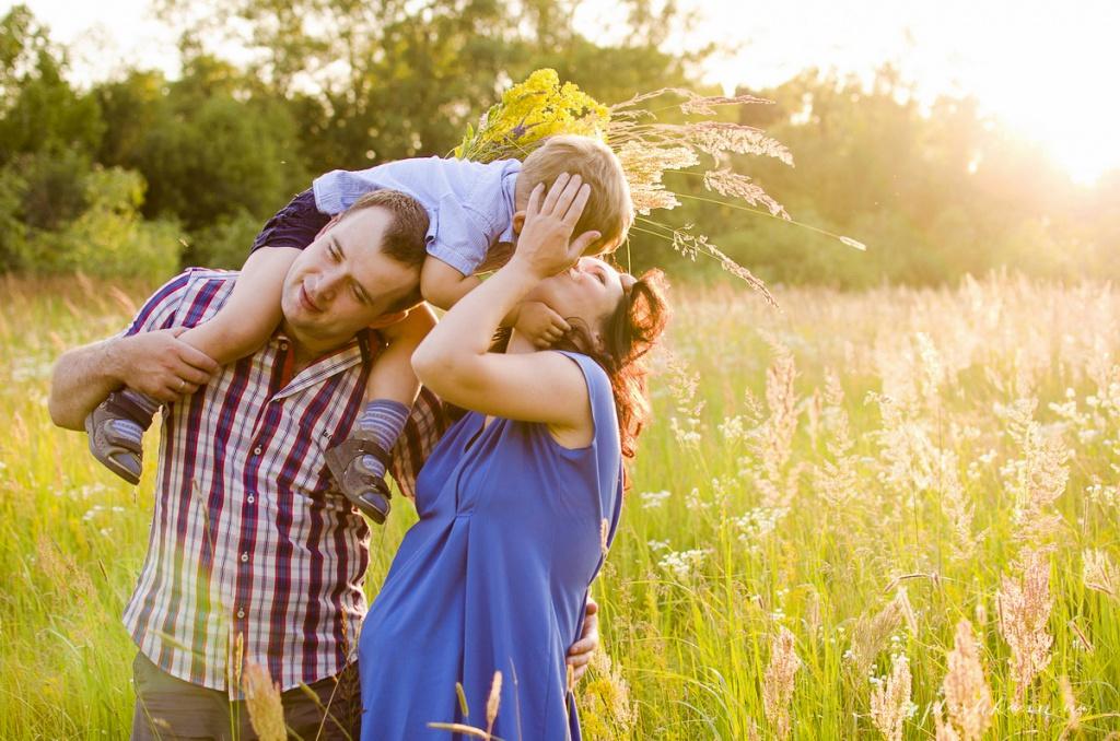 картинки семья позитив счастье колеса обеспечивает