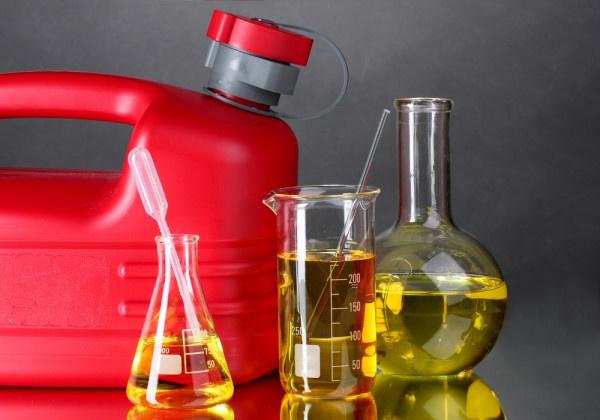 ГДприняла закон обоборотных штрафах за реализацию контрафактного топлива