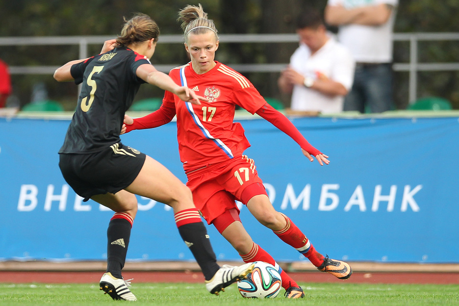 парфюмерии Escentric футбол женщины россия-хорватия 2017 екатерина пантюхина часто выпускают