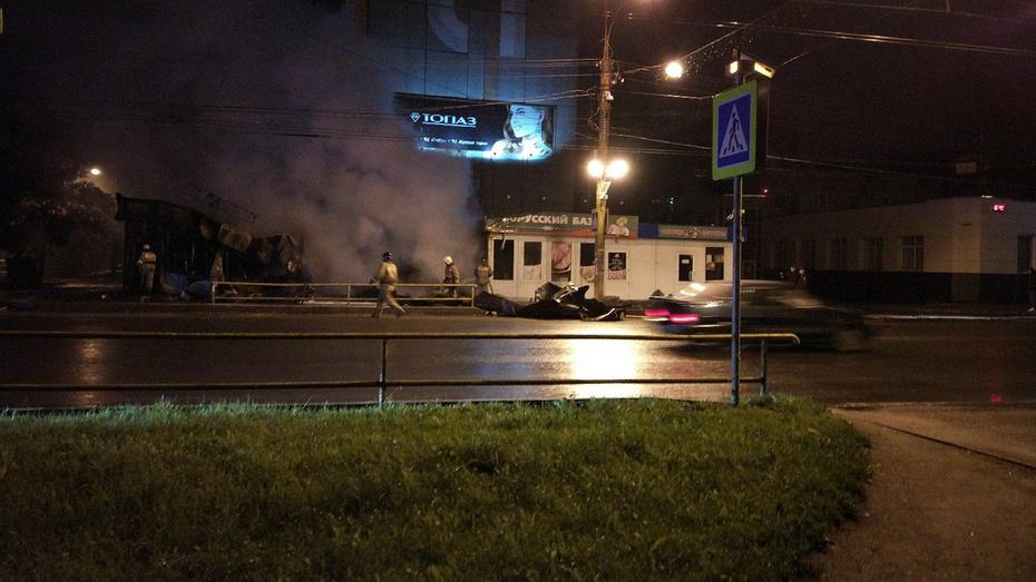 ВКирове сгорел торговый павильон