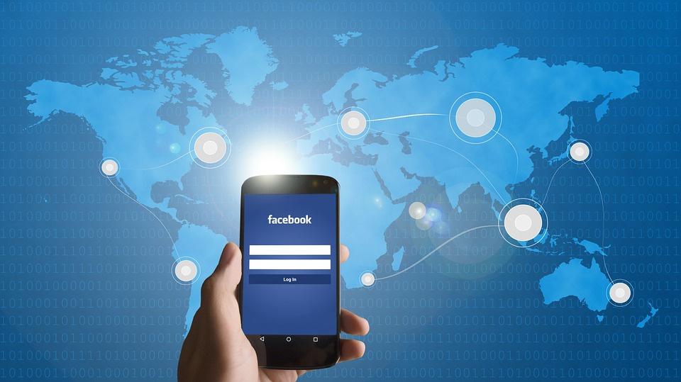 Роскомнадзор пригрозил социальная сеть Facebook блокировкой