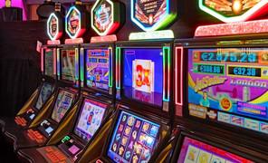 Игрового автомата киров игровые автоматы на деньги для мобильного