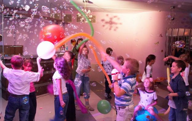 Конкурсы с шариками для подростков
