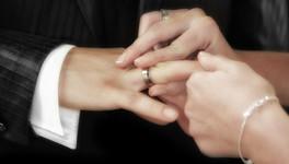 ЗАГС или Госуслуги. Как зарегистрировать брак в Кирове?